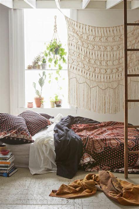 bohemian inspiriertes schlafzimmer wundersch 246 ne dekoartikel in boho stil archzine net