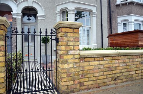 brick wall with gate 28 images chiltern landscapes walling tara dillard orchard wall gate