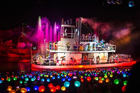 fantasmic seating fantasmic dining package now available for breakfast