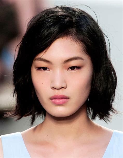 de jolis reflets sur des cheveux asiatiques coloration