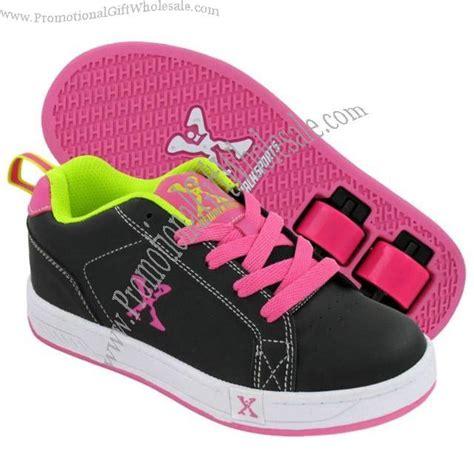 roller skate shoes promotional sidewalk sport roller skate shoes