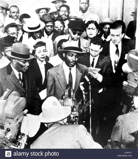 Martin Luther King Arrest Records Martin Luther King Jr Speaks About His Montgomery Al Boycott Stock Photo
