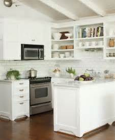White Kitchen Tile Backsplash Ideas by White Subway Tile Kitchen Backsplash Ideas