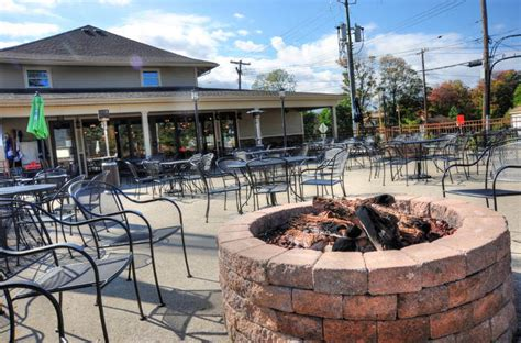 armor tap room 12 of the best fireplace bars restaurants and cafes