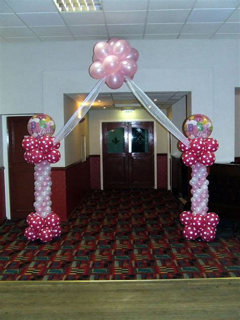 finishing touch balloon artist  event decorations