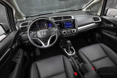 2015 Honda Fit Interior by 2015 Honda Fit Hatchback Review Ratings Edmunds