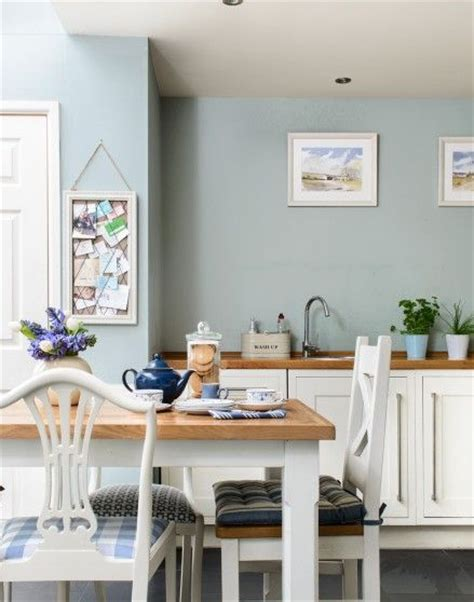 blue kitchen walls with white cabinets 25 best ideas about duck egg blue on