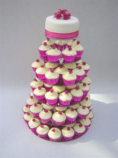 for a unique touch have wedding cupcakes for your guests