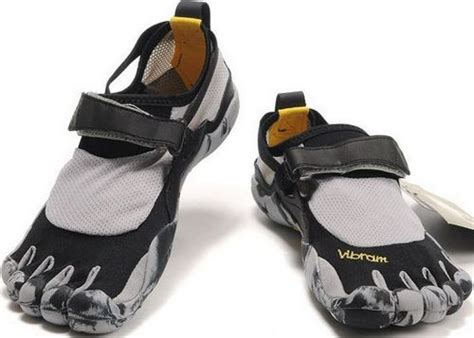 climbing shoes malaysia 5 fingers hiking mountain climbing shoes zebra black