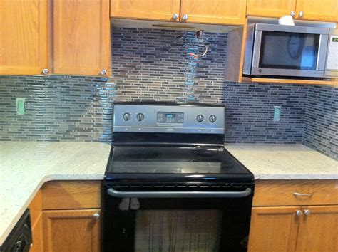 glass backsplashes for kitchens glass backsplashes for kitchens gallery kitchentoday