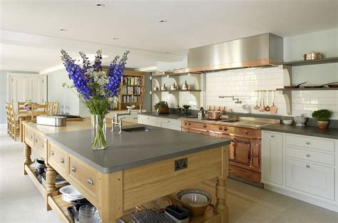edwardian kitchen ideas bespoke kitchen with modern luxury and edwardian charm