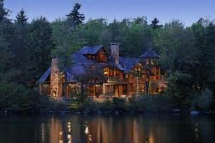 gorgeous log cabin on the lake home