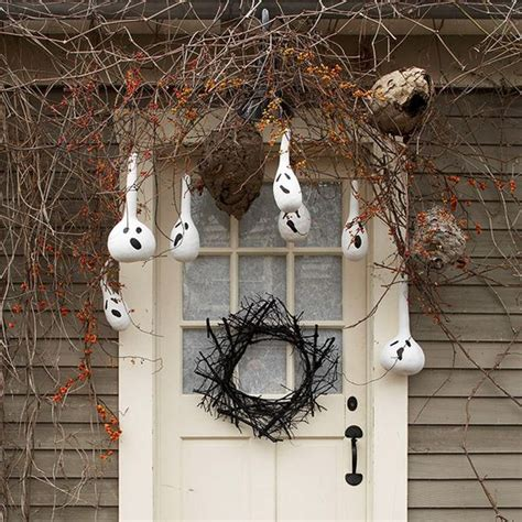 mysterious and creepy home decorating ideas for halloween mysterious and creepy front porch decorating ideas for