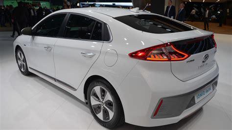 Hyundai Electric Car by Details About Hyundai Ioniq Electric Car Emerge Gas 2