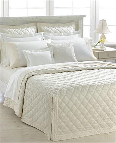 ralph lauren bedspreads and comforters lauren ralph lauren bedding suite diamond collection