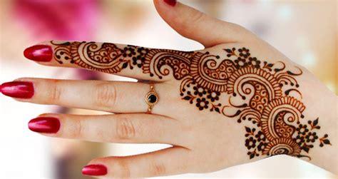 Selected Beautiful Arabic Mehndi Designs For Back Hands Arabic Design