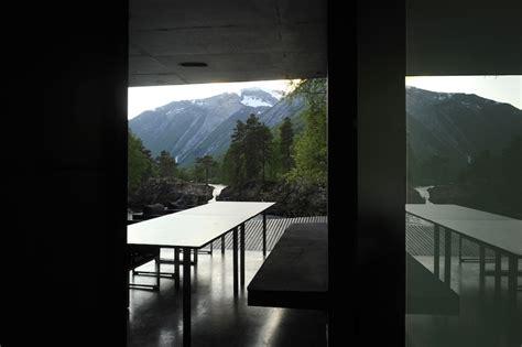 juvet landscape hotel ex machina juvet landscape hotel norway elusive magazine