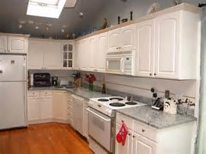 White Kitchens With Granite Countertops White Granite Kitchen Countertops Bhdreams