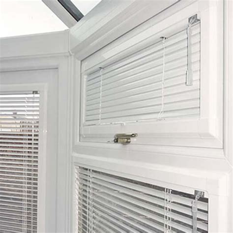 Fit Blinds Venetian Blinds For Your Office School And Commercial