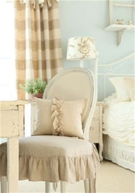 Bedroom Chair With Skirt Skirted Bench On Skirted Table Slipcovers And