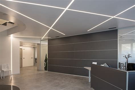 eclairage de plafond encastrable profil led encastrable
