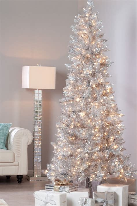 tiffany christmas tree l lookandlovewithlolo holidays decorating with silver