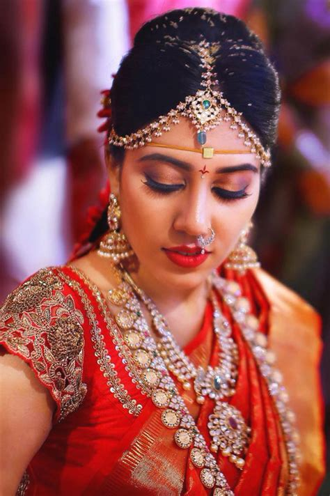 Wedding Hairstyles For South Indian Brides by South Indian Bridal Makeup 30 Bridal Makeup Ideas