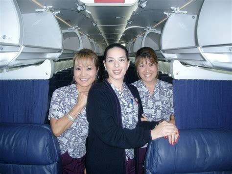 Flight Attendant Hawaii by Hawaiian Airlines Has Had Some Awesome Flight Attendant Uniforms The Years Huffpost