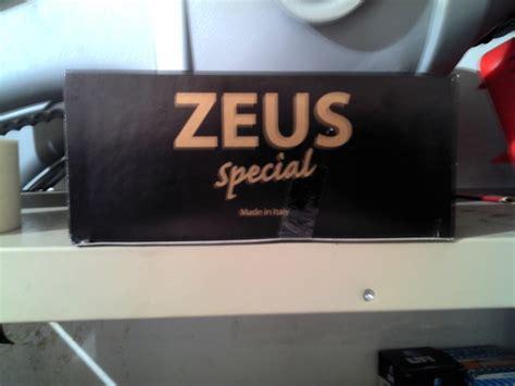 magnum testa nera zeus special