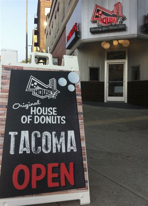 lakewood house of donuts top stories 2015 6 original house of donuts opens in