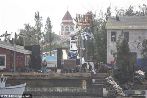 aquaman actress name aquaman films scenes by the water on the gold coast