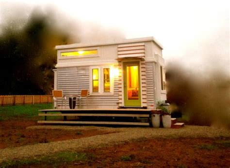 Small House Plans Under 500 Sq Ft 200 Sq Ft Modern Tiny House On Wheels For Sale