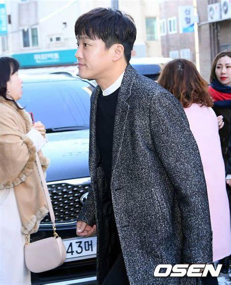 lama tak muncul 5 comeback artis korea ini disambut meriah ini 17 artis korea yang hadiri pernikahan taeyang