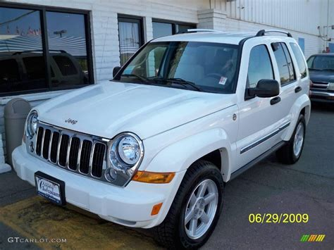 jeep white liberty 2005 stone white jeep liberty limited 4x4 14798763