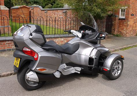 file bombardier can am spyder trike flickr mick