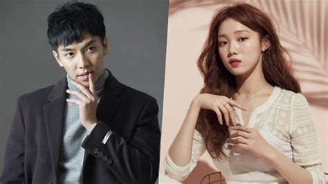 lee seung gi lee sung kyung lee seung gi and lee sung kyung confirmed as mcs for 32nd