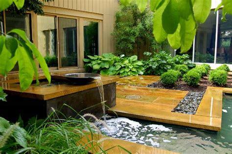کسب جایزه با طراحی باغ کوچک معمار منظر