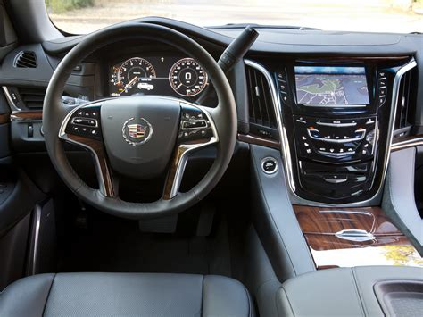 cadillac escalade 2015 interior cadillac escalade 2015 interior wallpaper 2048x1536 5613