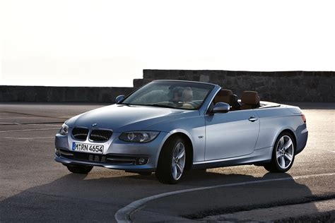 Bmw 3 Convertible by 2011 Bmw 3 Series Coupe And Convertible Facelift Carblog