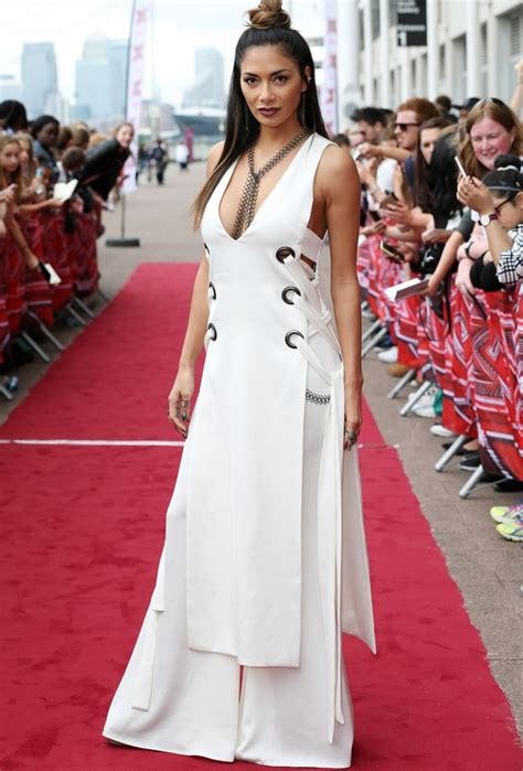 X Factor On The Carpet At I Am Legend Premiere by Scherzinger Displays Cleavage In
