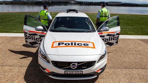 volvo   tuneado  la policia australiana autobildes