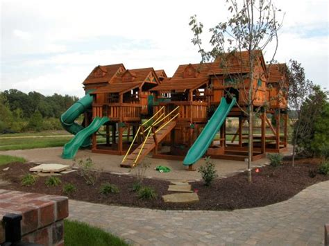 extreme backyards treehouse combo extreme quot front view quot playsets bergfed