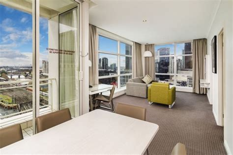 2 bedroom suite melbourne 1 bedroom hotel at clarion suites gateway 1 bedroom one
