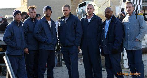 Black And White Drama by Top 10 Tv Shows Like Prison Break Tvpre Com
