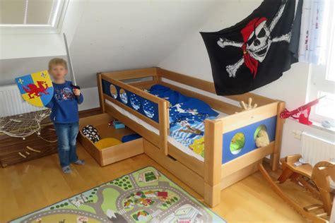 piratenbett kinderzimmer galerie kinderzimmer kinderzimmer 24 de