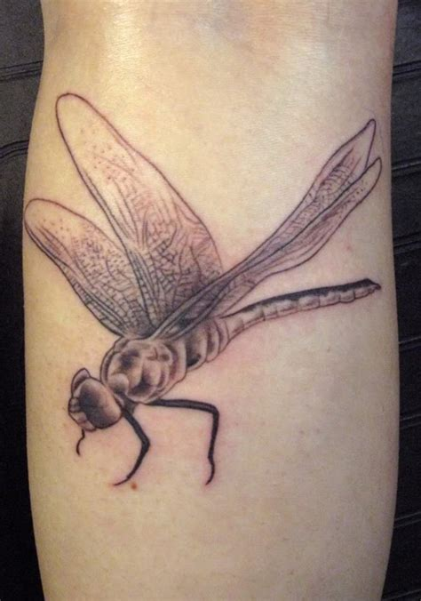 50 tatuaggi con la libellula significato e stili