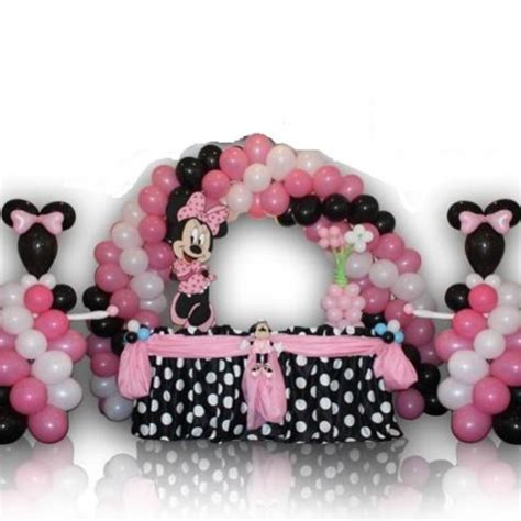 Minnie Mouse Balloon Decoration by Minnie Mouse With Balloons Great Balloon Decoration