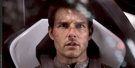 film close up oblivion give tom cruise a good script and he will
