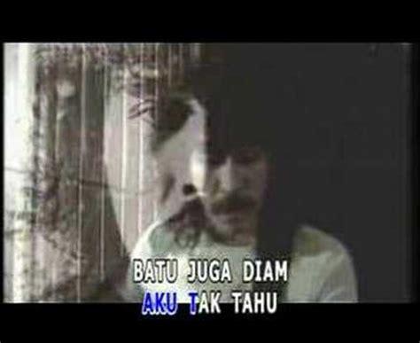 download mp3 iwan fals ya atau tidak fals iwan ya atau tidak lyrics mastermp3 net