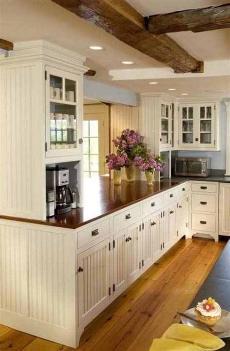 White Cabinets Wood Countertops by 25 Best Ideas About Wood Countertops On Wood Kitchen Countertops Refinish